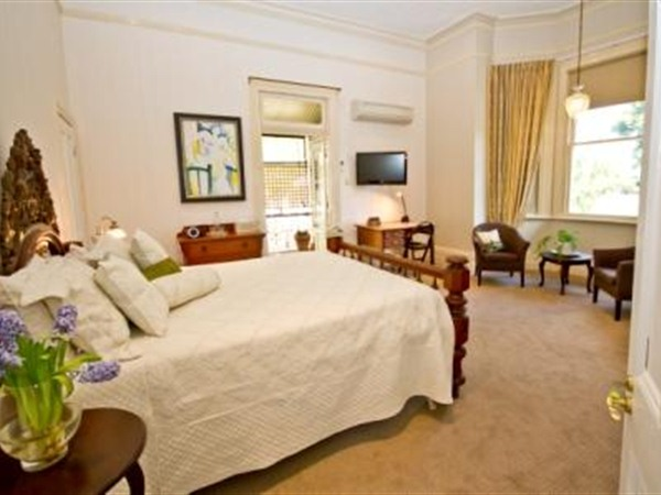Brisbane Milton Bed and Breakfast - Australia Accommodation