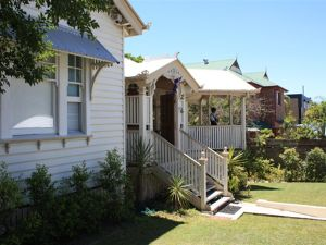 Minto Guest House - Australia Accommodation