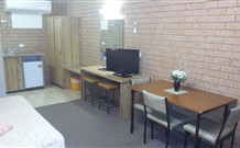 Three Ways Motel - Australia Accommodation