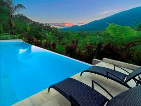Executive Retreats - Shangri-La - Australia Accommodation