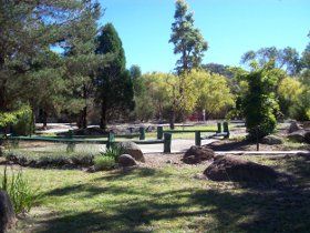 Murray Gardens Cottages and Motel - Australia Accommodation