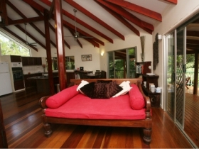 Daintree Secrets Waterfall Sanctuary - Australia Accommodation