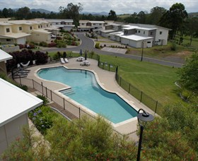 Gympie Pines Fairway Villas - Australia Accommodation