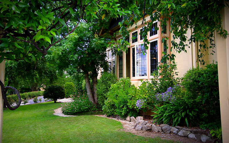 Cotswold Gardens Armidale - Australia Accommodation