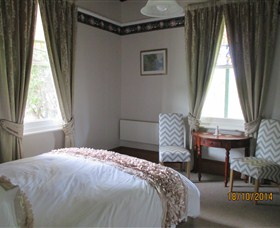 Cygnet's Secret Garden - Boutique Bed and Breakfast - Australia Accommodation