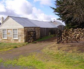 Lakeview Cottage - Australia Accommodation
