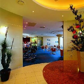 Shoreline Hotel - Australia Accommodation