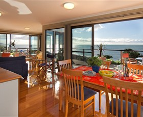 Boat Harbour Beach House - The Waterfront - Australia Accommodation