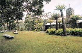 Tullah Lakeside Lodge - Australia Accommodation