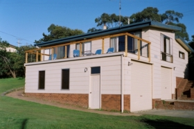 Three Peaks Holiday Rentals - Australia Accommodation
