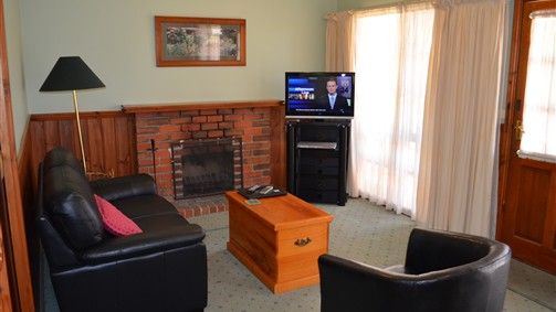 Mountain View Motor Inn and Holiday Lodges - Australia Accommodation