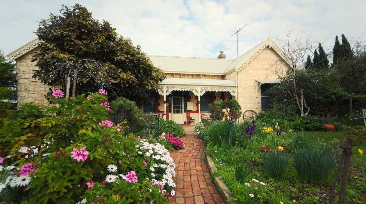 Eastcliff Cottage Sorrento - Australia Accommodation