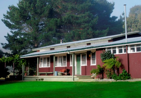 Bondi Forest Lodge - Australia Accommodation