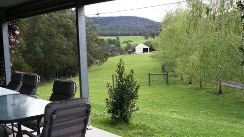 The Barn at Charlottes Hill - Australia Accommodation