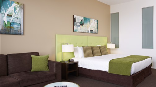Mercure Melbourne Caroline Springs - Australia Accommodation