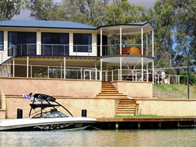 Cascades on the River - Australia Accommodation