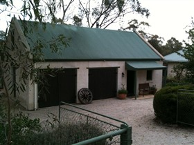 Coach House St Helens Cottages - Australia Accommodation