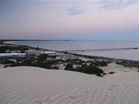Fowlers Bay Caravan Park - Australia Accommodation