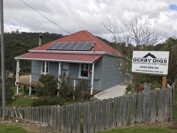 Derby Digs Cottage - Australia Accommodation