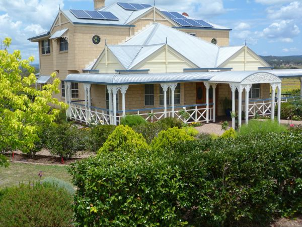 Grovely House Bed and Breakfast - Australia Accommodation