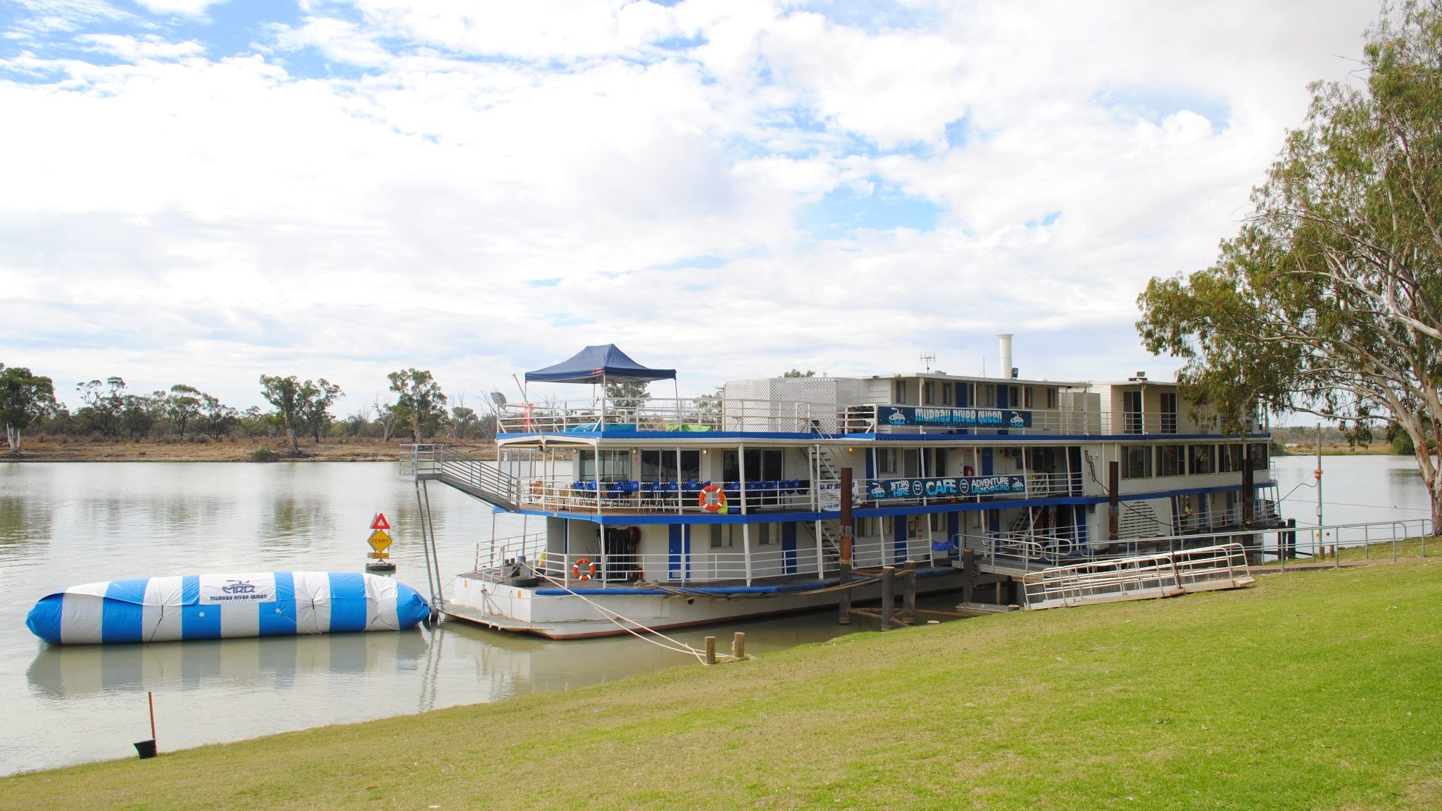 Murray River Queen Backpackers - Australia Accommodation
