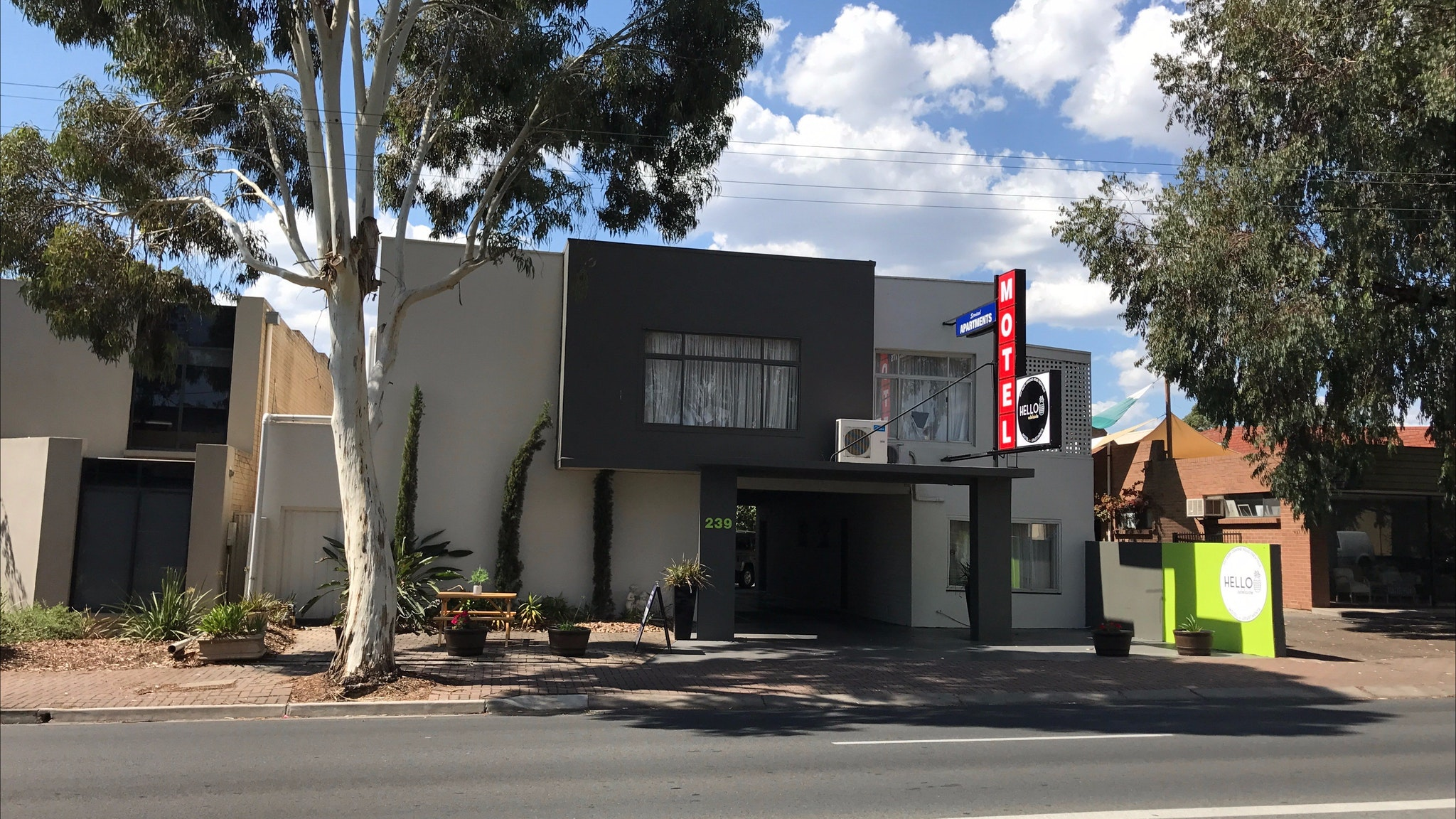 Hello Adelaide Motel Apartments - Frewville - Australia Accommodation