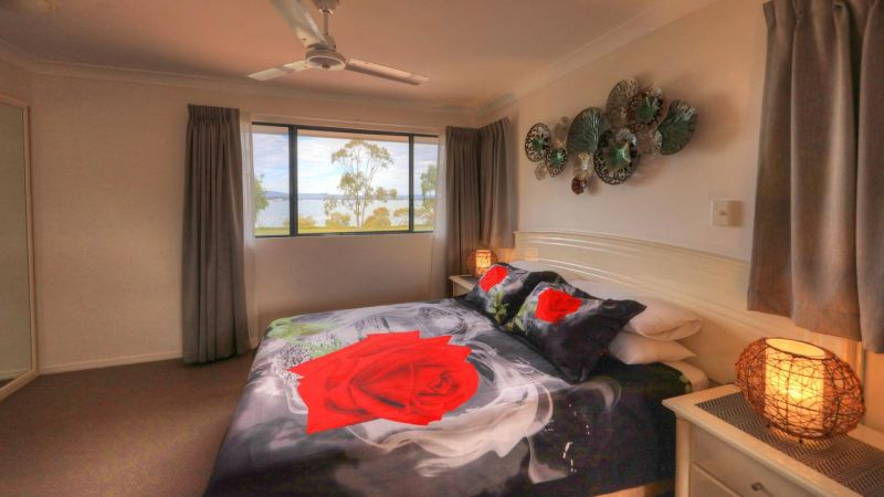 Dolphin Waters Holiday Apartments - Australia Accommodation