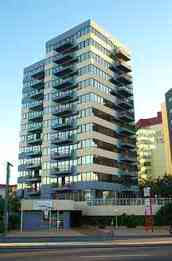 Beachfront Towers Holiday Apartments - Australia Accommodation