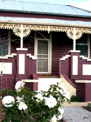 Blue Diamond Cottage - Australia Accommodation