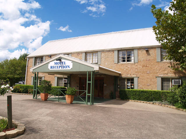 Campbelltown Colonial Motor Inn - Australia Accommodation