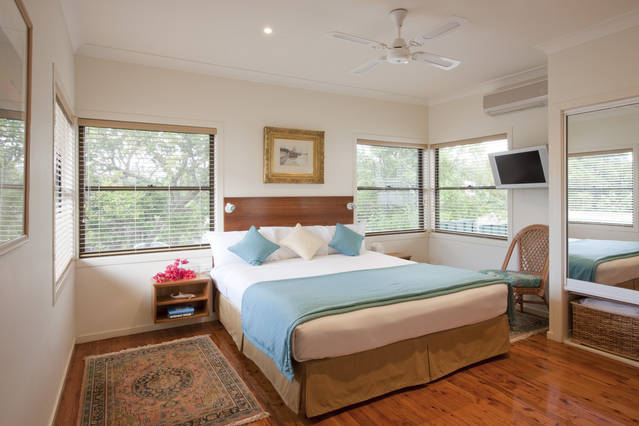 Central Coast Cottages at Toowoon Bay - Australia Accommodation