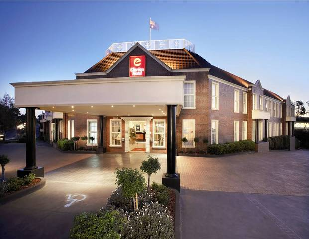 Canterbury International Hotel  - Australia Accommodation
