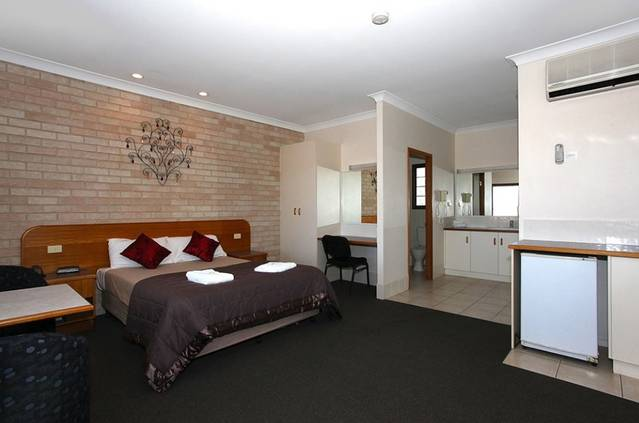 Clifford Gardens Motor Inn - Australia Accommodation