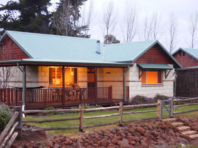 Clover Cottage Country Retreat - Australia Accommodation
