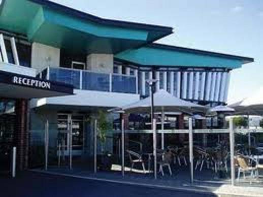 Comfort Hotel Highlander - Australia Accommodation