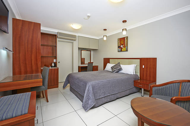 Comfort Inn and Suites Burwood - Australia Accommodation