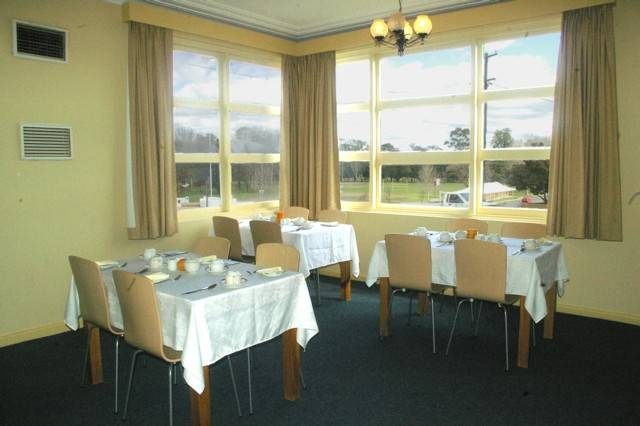 Cowra Motor Inn - Australia Accommodation
