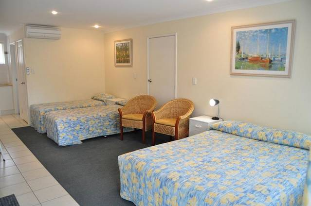 Emu Point Motel  Apartments - Australia Accommodation