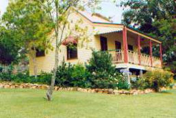Mango Hill Cottages Bed  Breakfast - Australia Accommodation