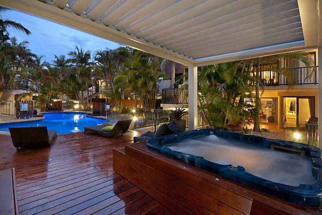 Outrigger Bay Apartments - Australia Accommodation