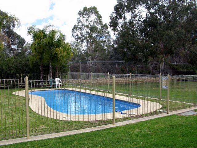 Pioneer Tourist Park - Australia Accommodation