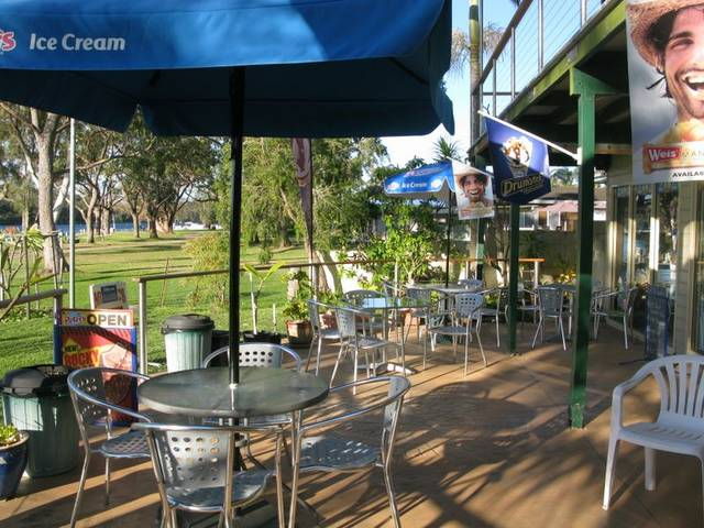 Riviera Caravan Park - Australia Accommodation