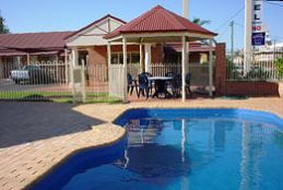 Roma Mid Town Motor Inn - Australia Accommodation