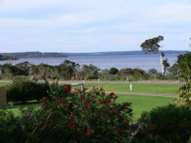 Spring Bay Villas - Australia Accommodation