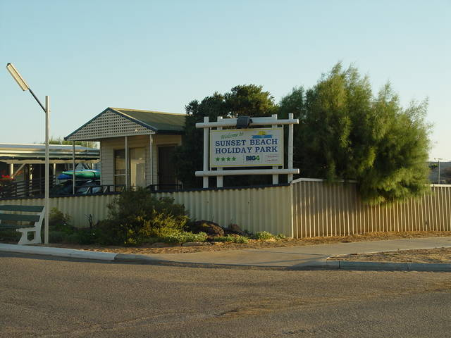 Sunset Beach Holiday Park - Australia Accommodation