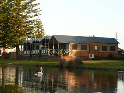 Two Shores Holiday Village - Australia Accommodation