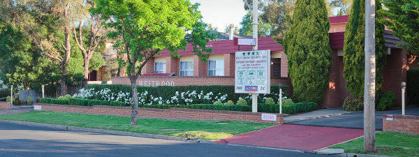 Westwood Motor Inn - Australia Accommodation