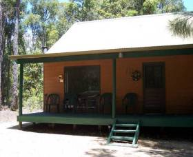 Loose Goose Chalets - Australia Accommodation