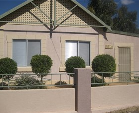 Silver City Cottages - Australia Accommodation