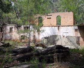 Newnes Shale Oil Ruins - Australia Accommodation